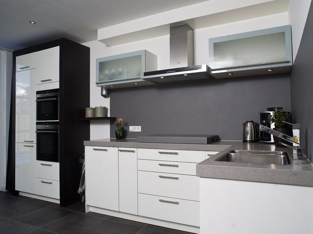 couvre plaques de cuisson. Black Bedroom Furniture Sets. Home Design Ideas